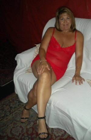 Lynsey escort girl