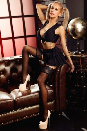 Benedicte escort in Jackson