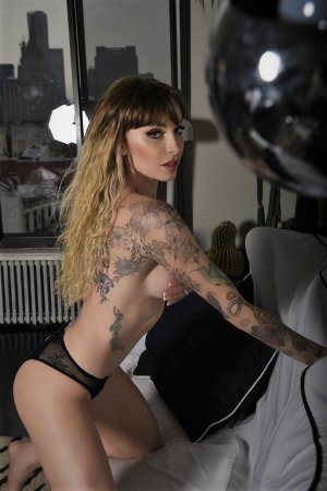 Giannina escort girl