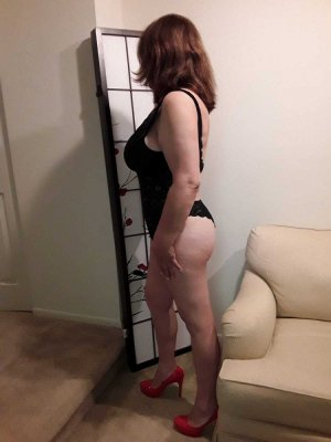 Nermine live escorts in Fish Hawk FL